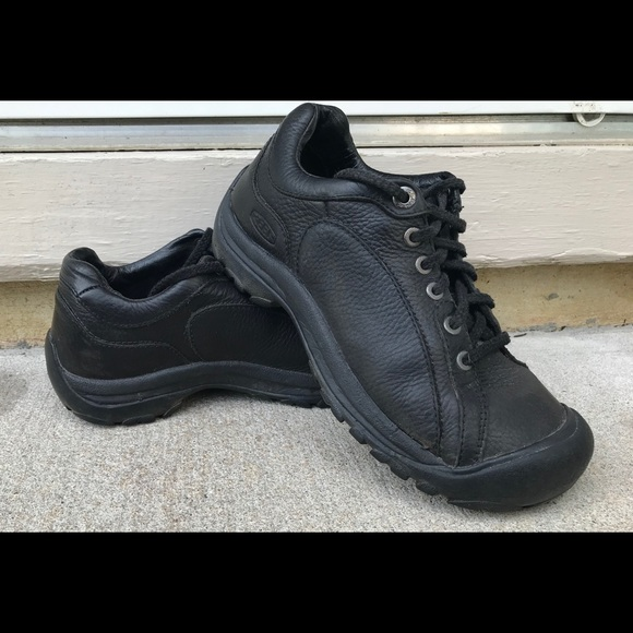 607862b8c1d Keen Shoes | Briggs Black Leather Sneakers | Poshmark